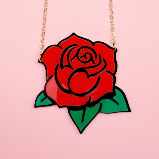 Collier-Rose-rouge