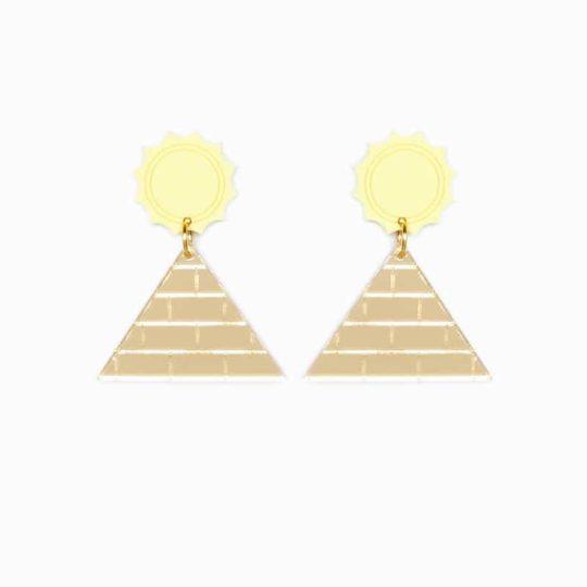 B.O pyramide juleetlily